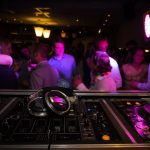 Come ballare in discoteca senza rischio Covid? Consigli e informazioni utili